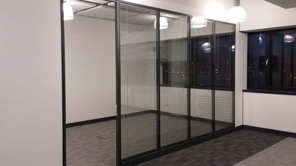Demountable Glazed Partition Window Panels