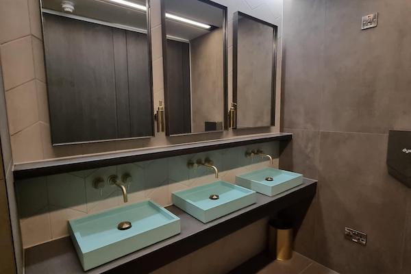 washrooms & toilet cubicles | clansman interiors